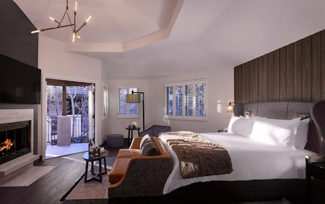 The All New Hotel Villagio Yountville boasts a sophisticated and passionate vibe, while emoting casual glamour. Enjoy the effortless style and allure that Hotel Villagio Yountville has created for travelers looking to escape to Napa Valley's newest luxury lifestyle hotel.