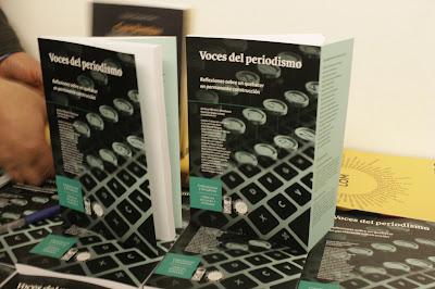 """Libro """"Voces del periodismo"""": Reflexiones sobre un quehacer imprescindible"""
