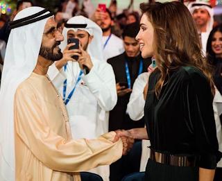 أضاءت ملكة الأردن ثوبًا أنيقًا من السوق الجمهوري