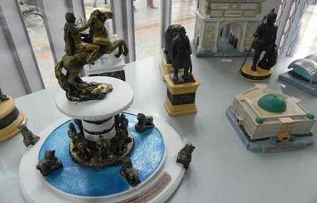 Zaev verbietet Skopje 2014 Souvenirs