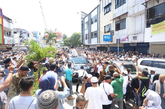 Sambutan Meriah kepada Prabowo Pertanda Rakyat Ingin Presiden Baru