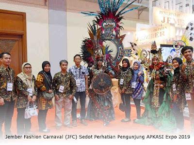 Jember Fashion Carnaval (JFC) Sedot Perhatian Pengunjung APKASI Expo 2019