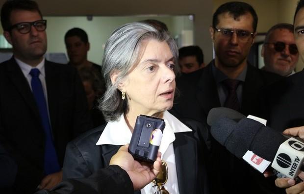 Ministra Cárnen Lúcia elogia presídio de Mossoró e fala dos direitos humanos