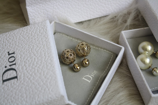 dior tribal earrings dior box miss en dior mise en dior dior bag pearl gold