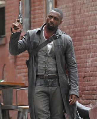 Idris Elba como Roland Deschain