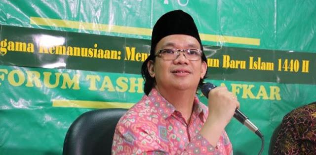 Silang Pendapat Pendukung Jokowi Dan Anies Norak Kebangetan, Please Berhenti Bertengkar!