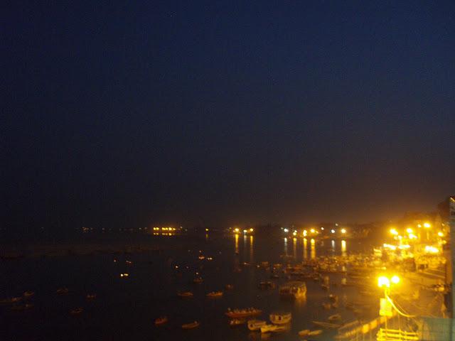 imagen de Benares, Aartí desde Meer Ghat