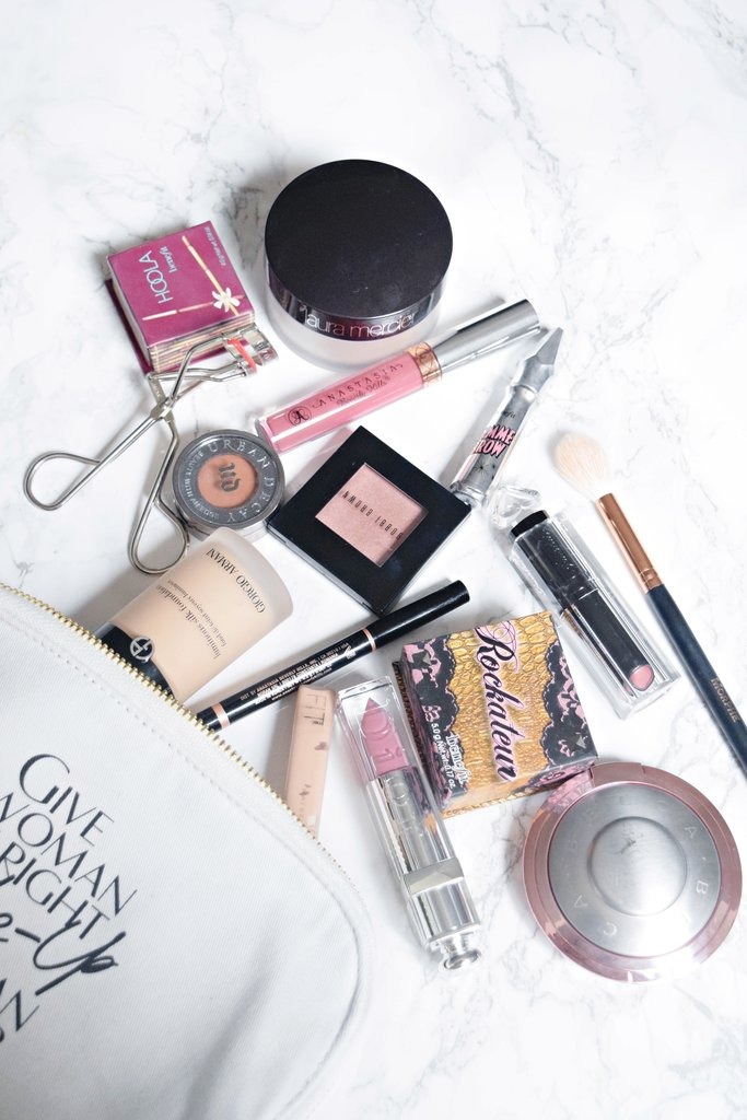my makeup bag, Christmas makeup bag essentials, what's in my makeup bag