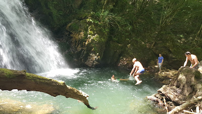 Swimming in the Nacedero de Xorroxin