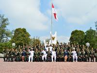 Sambut HUT ke-72 TNI, Divif 2 Kostrad Ziarah ke TMP Suropati Malang