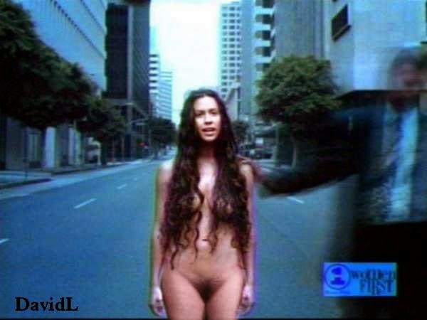 Selena gomez sexy ass moves 3