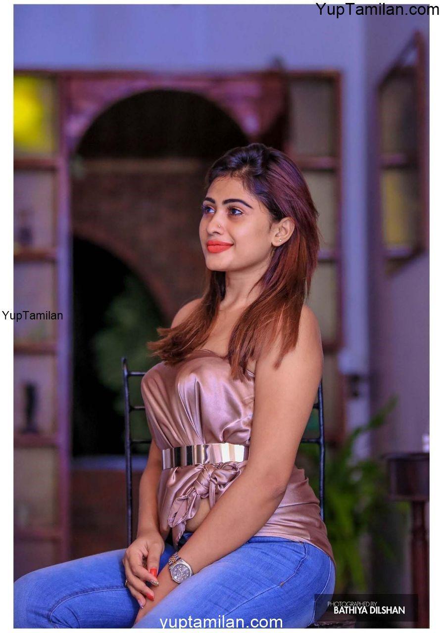 Piumi Hansamali Hottest Images- Glamour Pics