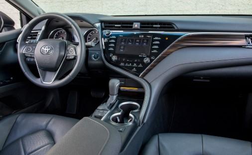 2021 Toyota Camry Trim Comparison