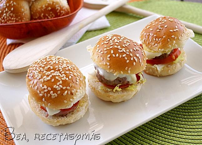 Mini hamburguesas de jamón de jabugo con queso manchego