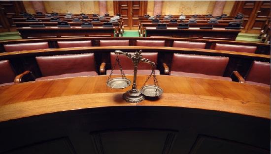 من أصول التقاضي المستقرة أن المدعي يحدد خصمه في الدعوى (2)