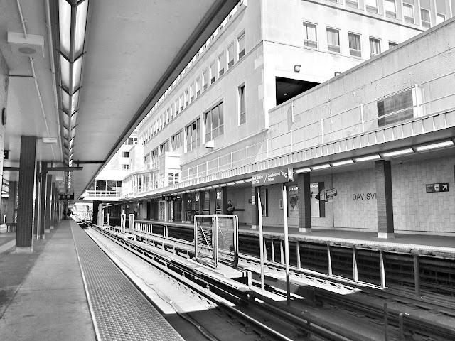 Davisville station platform view.