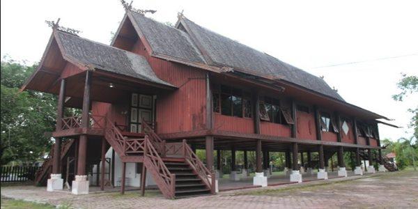Nama Rumah Adat Kalimantan Tengah Dan Ciri Cirinya