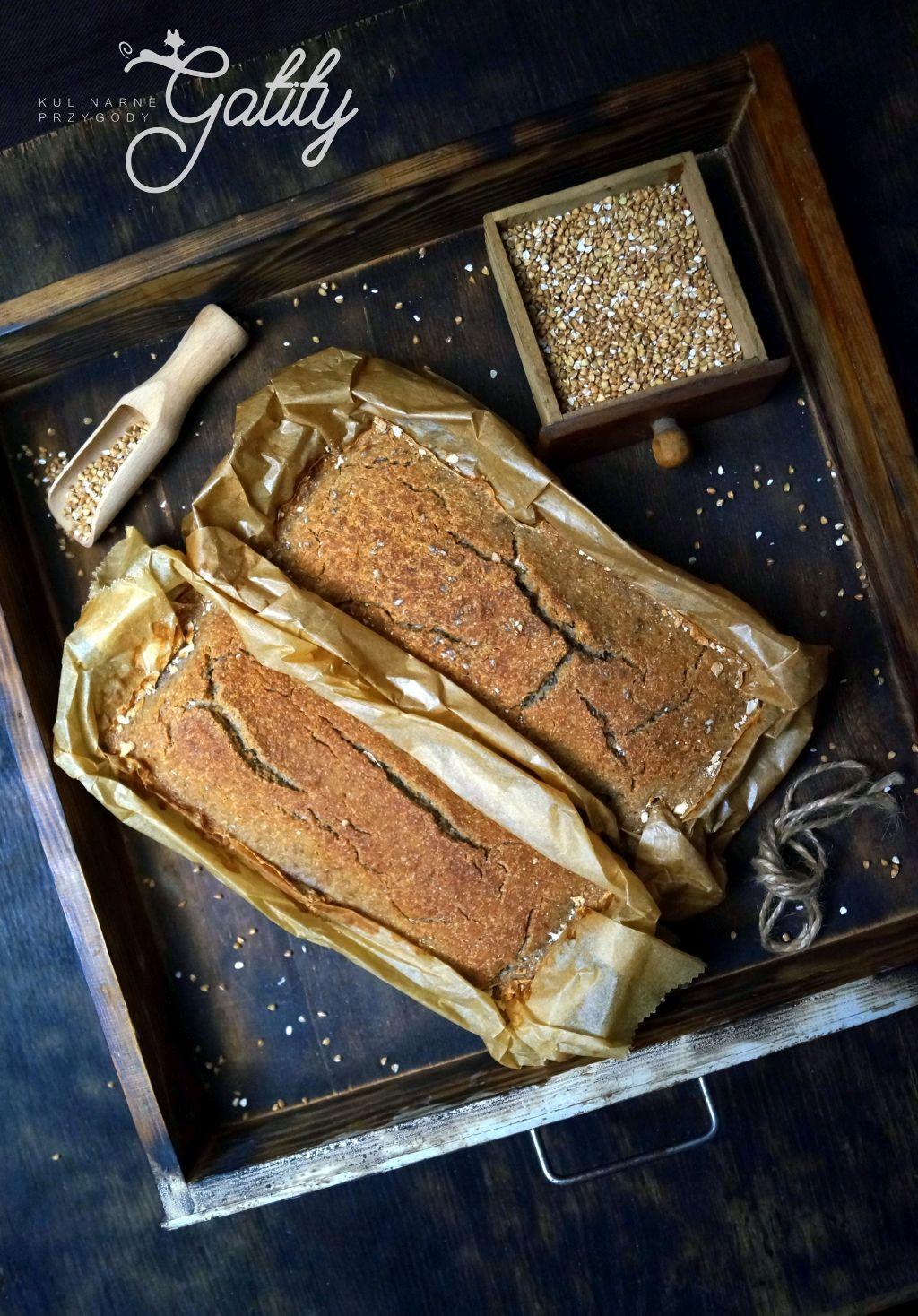 brazowy-chleb-widok-z-gory