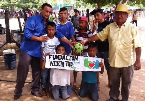 celebran-con-jornada-civica-dia-de-la-resistencia-indigena-en-la-villa
