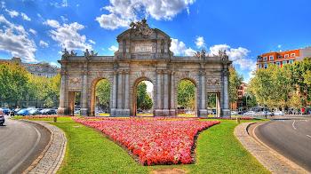 Visita en Madrid no puedes faltar a La Puerta de Alcalá