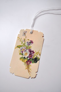 flower gift tag image