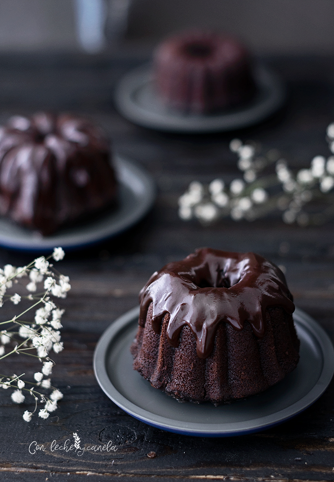 Mini bundt cake de chocolate y café receta