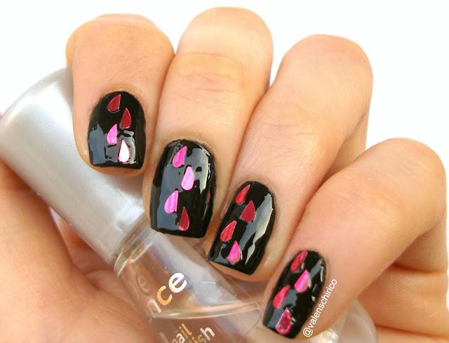 Anti-Valentine's day manicure by Valentina Chirico