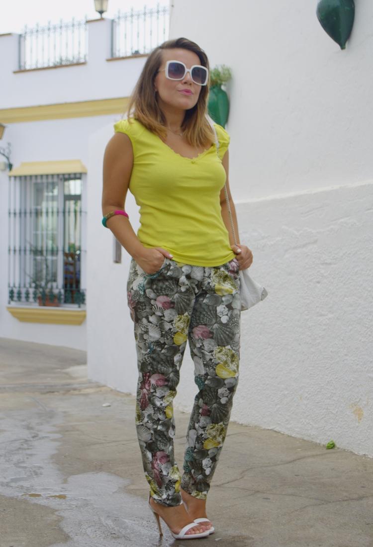 pantalones estampados _outfit
