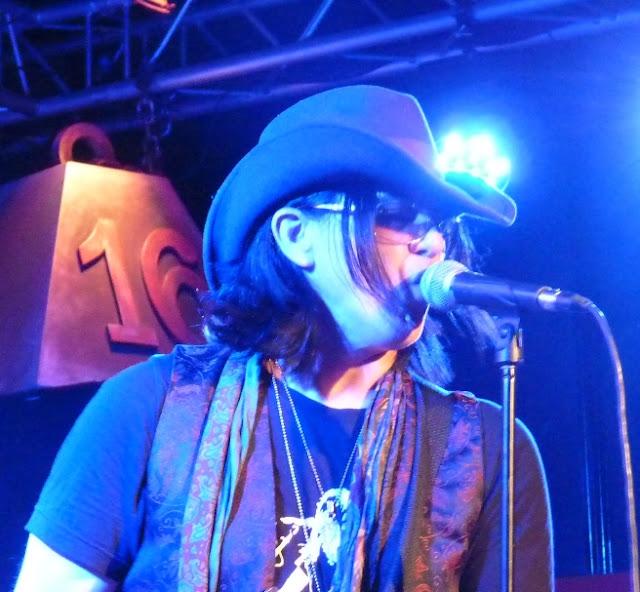 MIKE FARRIS concierto 16 Toneladas, Valencia, - 1