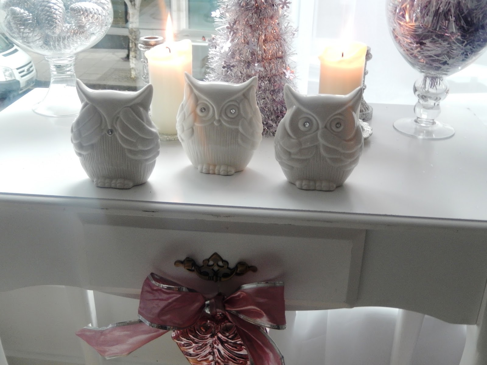 Christmas decorating theme princess pink gift bags tesco negle Images