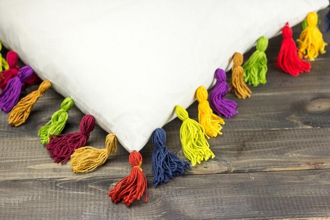 DIY | Kissenhülle mit Quasten aufpeppen | Boho | Bohemian