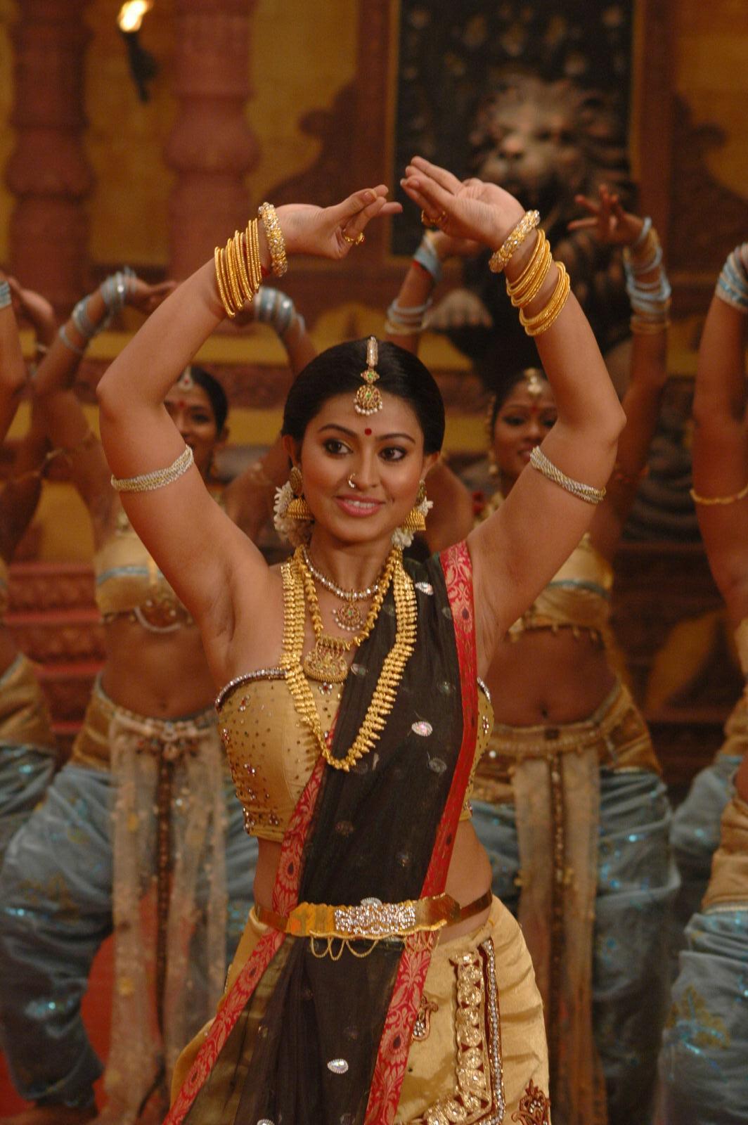 Boobs Actress Naked Pic Tamil HD