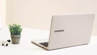 Samsung membulatkan garis laptopnya dengan Notebook 3 dan Notebook 5 yang lebih murah
