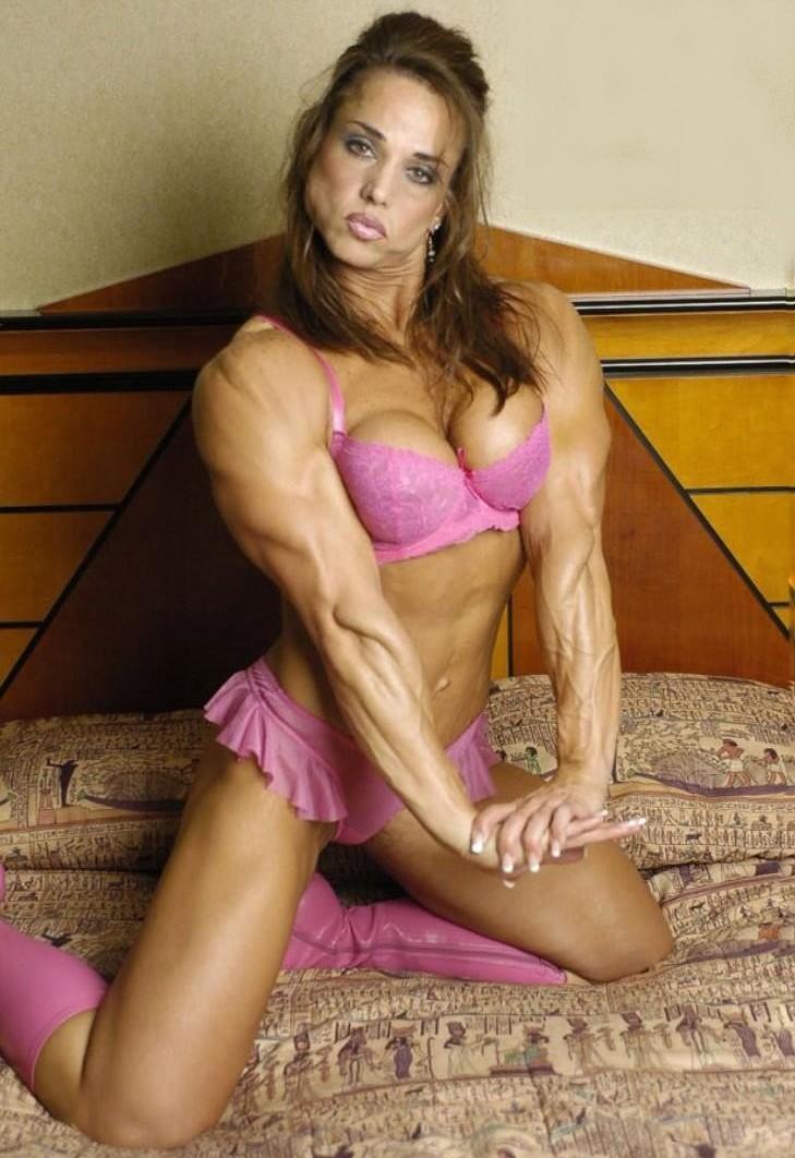 Muscles In Bedroom Roxie Rain