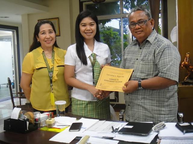 NDMU student wins Carmudi PH Scholarship Program