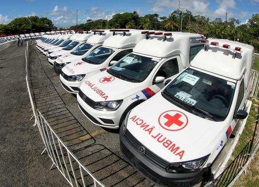 Governo da Bahia entrega 78 novas ambulâncias para municípios baianos