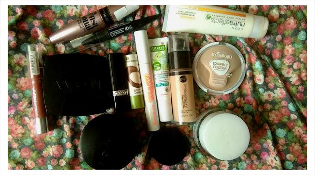 TOP 10: Kosmetyki (NIE)zbędne do makijażu :)