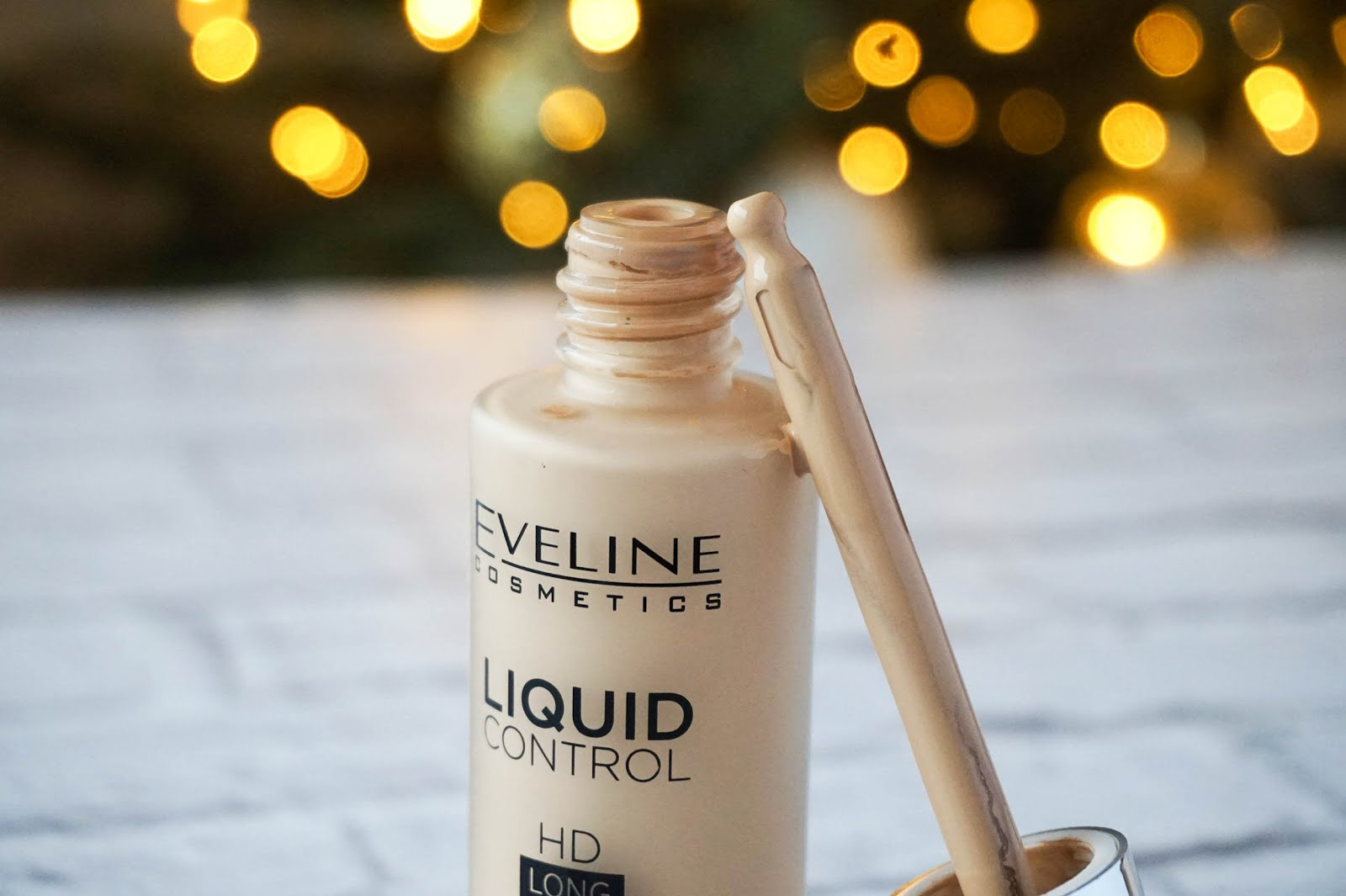 eveline-liquid-control-hd