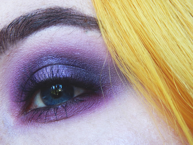 Smokey purple halo eye makeup look