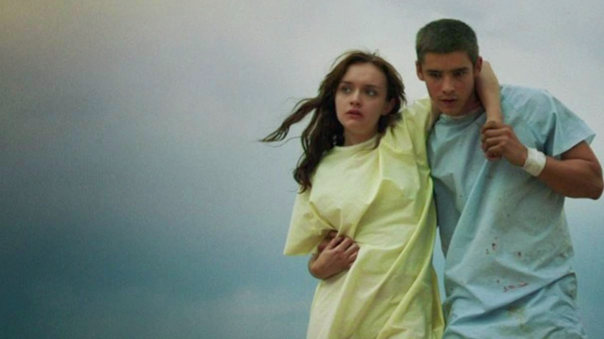 The Signal - Brenton Thwaites & Olivia Cooke | A Constantly Racing Mind