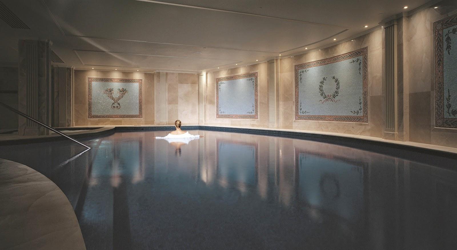Palazzo Versace Missyblurkit