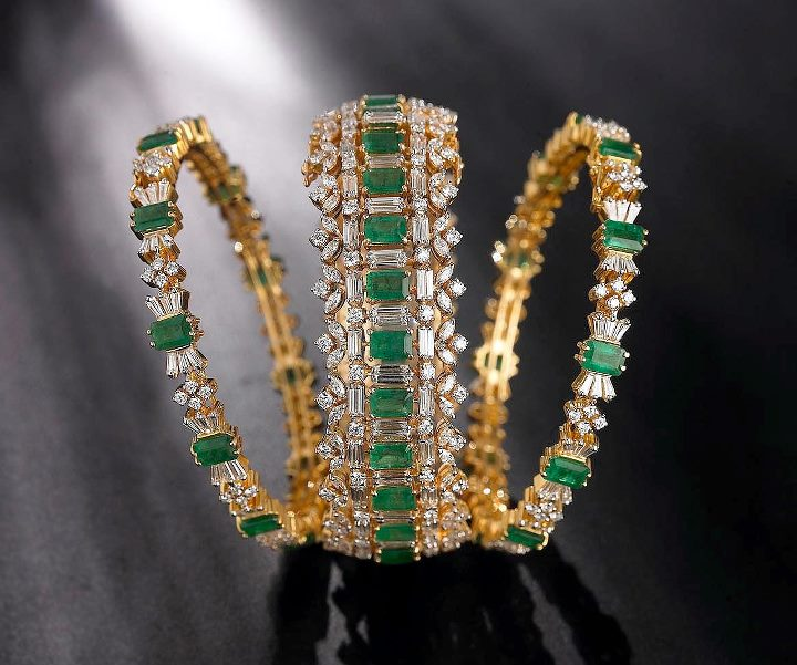 Latest Diamond Bangles Set With Emeralds And Square Cut