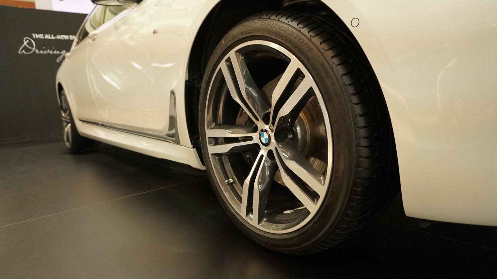 BMW 750Li & BMW 740L