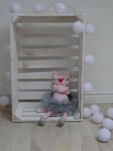 baletnica kotek róż maskotka 1