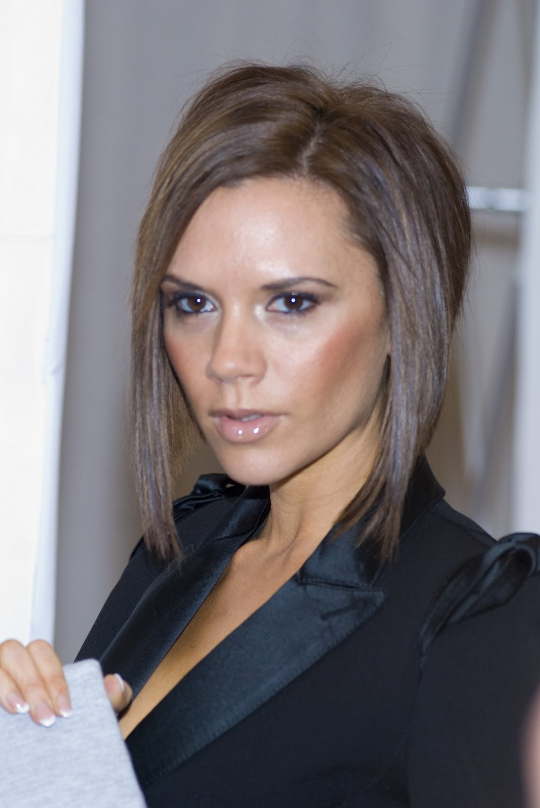 Celebrity Victoria Beckham Hairstyle Pictures Blondelacquer