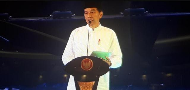 Presiden Jokowi Serahkan 213 Sertifikat Tanah Wakaf untuk Masjid dan Ponpes