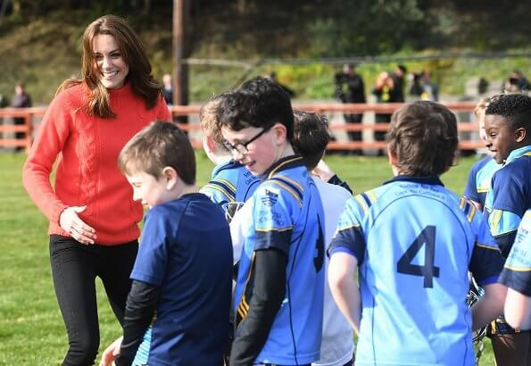 Kate Middleton wore Really Wild cashmere mix turtle neck knit sweater in coral