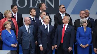 Ο Τραμπ πίεσε τους Ευρωπαίους και κέρδισε ότι ήθελε στο ΝΑΤΟ. Τους πήρε 266 δις δολάρια κι έφυγε!