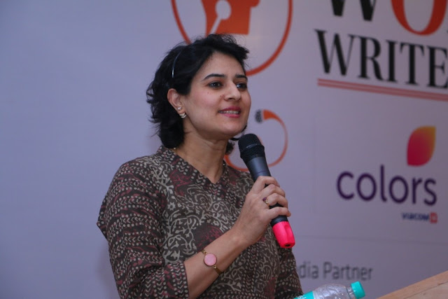 Shaili Chopra speaking at women writer fest-