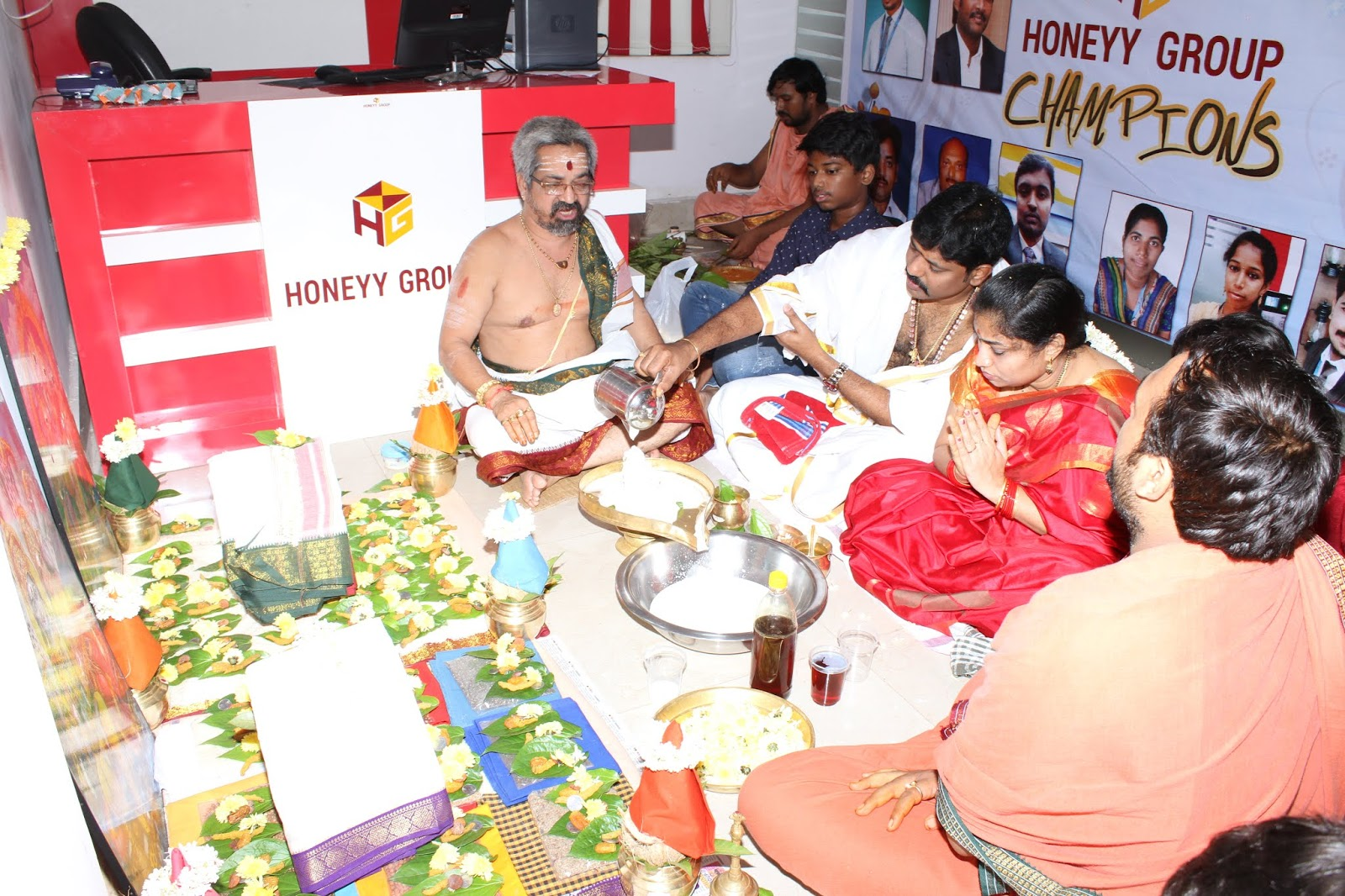 Honeyy Group - Gajuwak - 1st Anniversary Celebrations